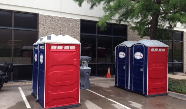 Texas-Johns-Xerox-portable-toilets-1180x694